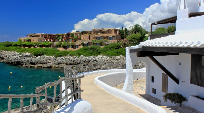 Hotel mit Meeresblick auf Menorca